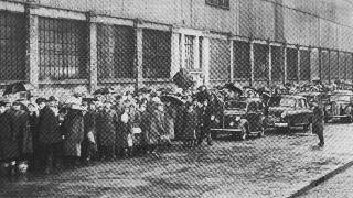 Record crowds at Filbert Street