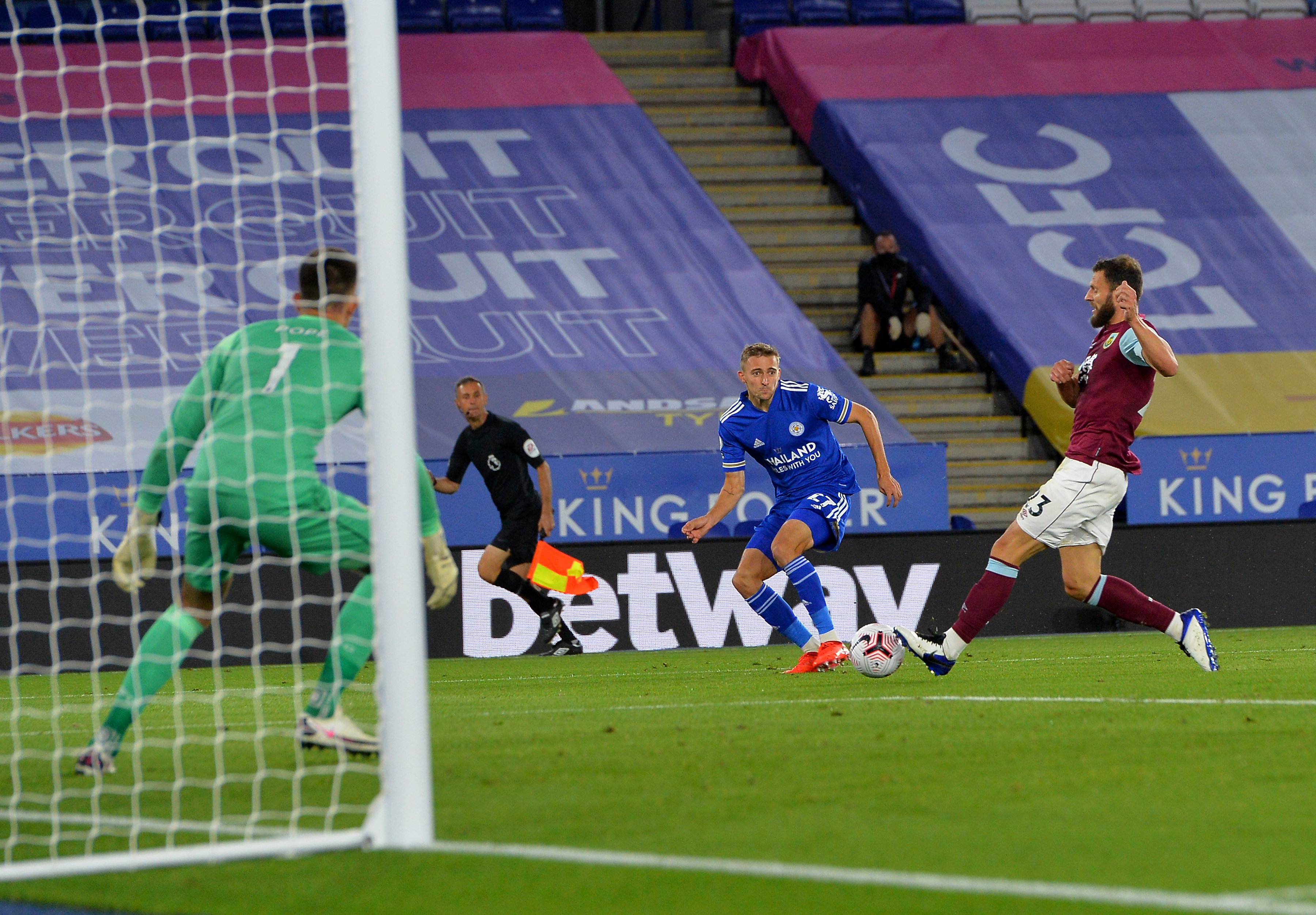 burnley vs leicester city - photo #41