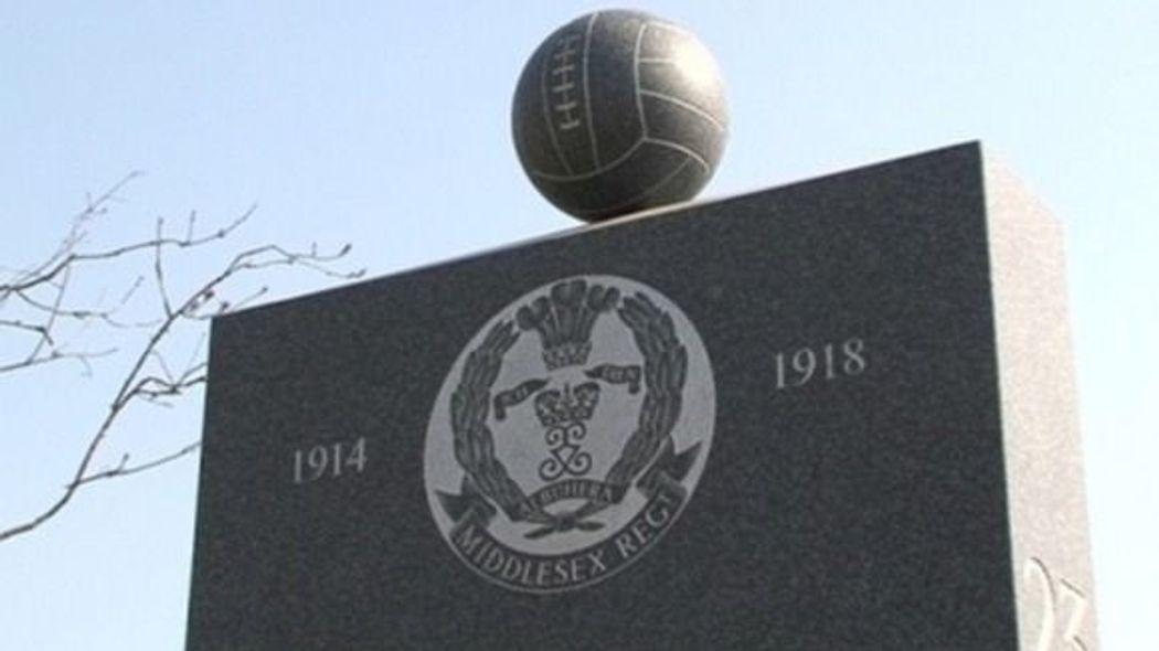Footballers regiment  monument
