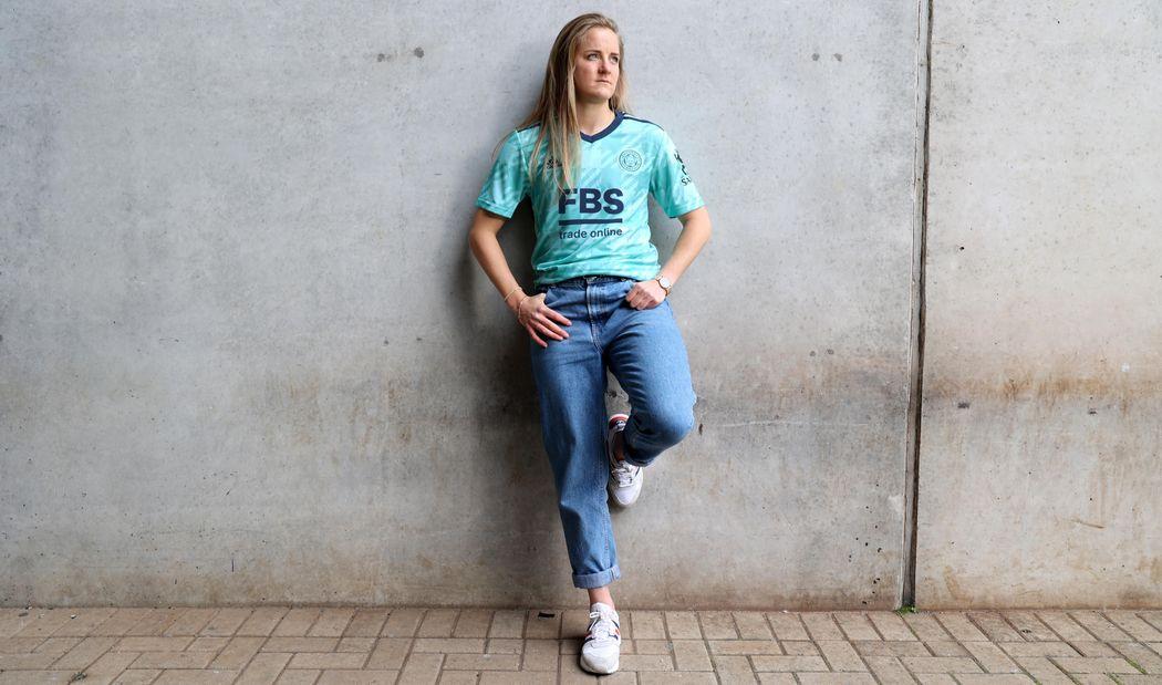 Sophie Howard in 2021/22 mint away shirt
